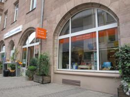 Fenster zur Welt Weltladen Stadtkirche N�rnberg Au�enansicht