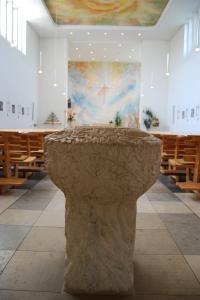 Kirche St. Georg Taufstein