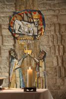 Herrschaft als Dienst - Steinmosaik in Zell St. Heinrich