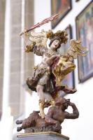 Der heilige Erzengel Michael siegt über  den Satan   Ferdinand Dietz 1750   Zunftstange in St.Michael Neunkirchen a.Brand