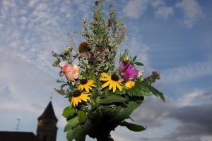 Kräuter und Blumenweihe am Fest Maria Aufnahme