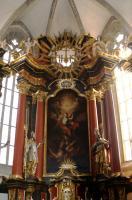 Aufbau des barocken Hochaltars in St. Michael Neunkirchen a.Br.