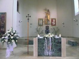 Geschmückt für die Hochzeitsmesse  St. Johannes der Täufer Großenbuch