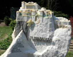 Grabstein am neuen Freidhof - Das Neue Jerusalem