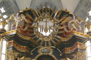St. Michael Neunkirchen a.Br. Hochaltar Christusmonogramm 1741