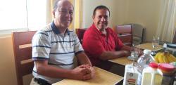 Frühstück im Exerzitienhaus mit den mexikanischen Mitbrüdern