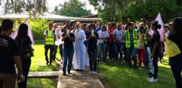 Prozession Weg des Lichtes am Schönstattzentrum La Victoria in Santo Domingo