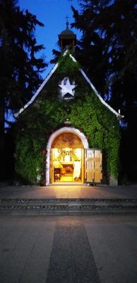 Abendliche Anbetung im Heiligtum