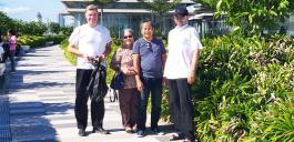 SeaSide in Cebu, Armin und ich mit Minda und Nonoi