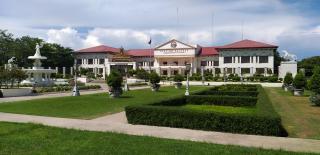 Rathaus der Stadt Talisay, in der das Schönstattzentrum liegt