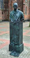 Karl Leisner - Bronzeskulptur von Bert Gerresheim